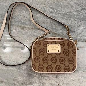 Michale Kors Crossbody mini purse